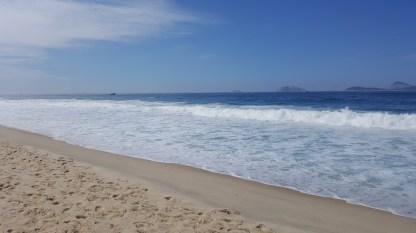 15. Leblon Waves (2)
