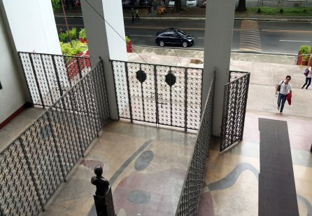 10-the-palma-hall-entrance-and-the-rizal-aclove