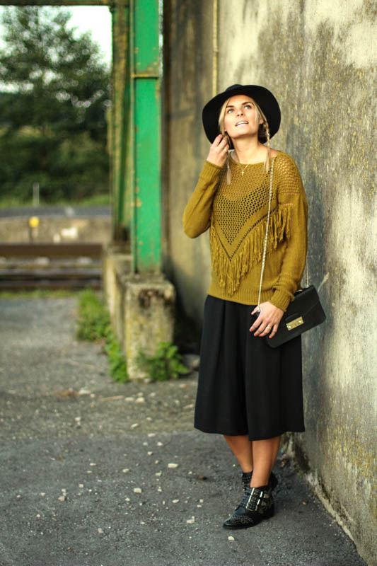 culottes-pullover-hut-herbstoutfit-6
