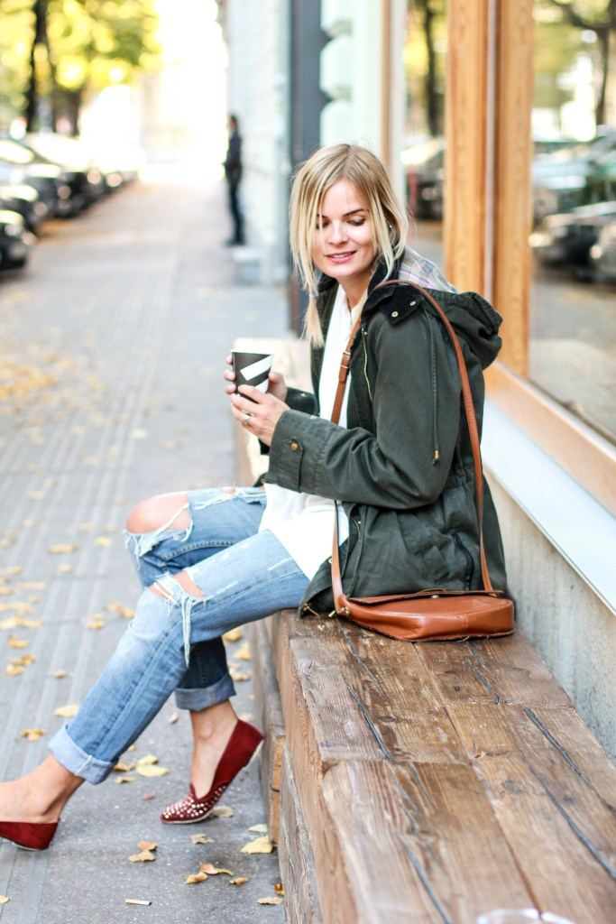 herbstoutfit_ripped_jeans_lakatyfox-9