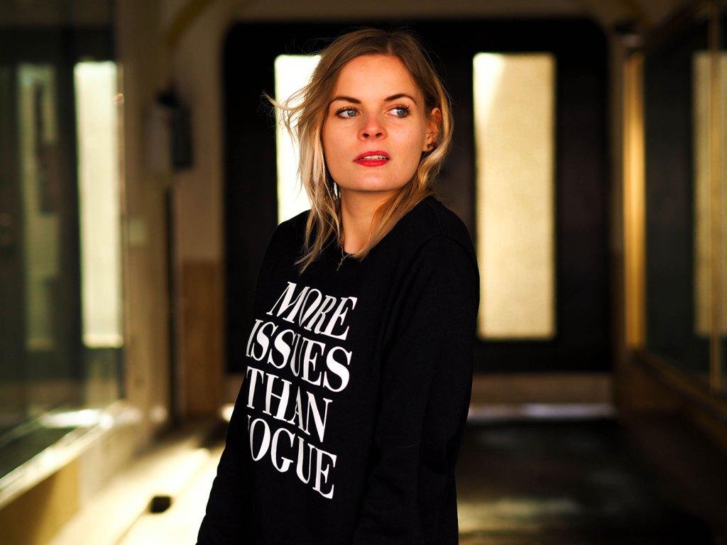 statement_sweater_streetstyle_fashionblogger_lakatyfox-10