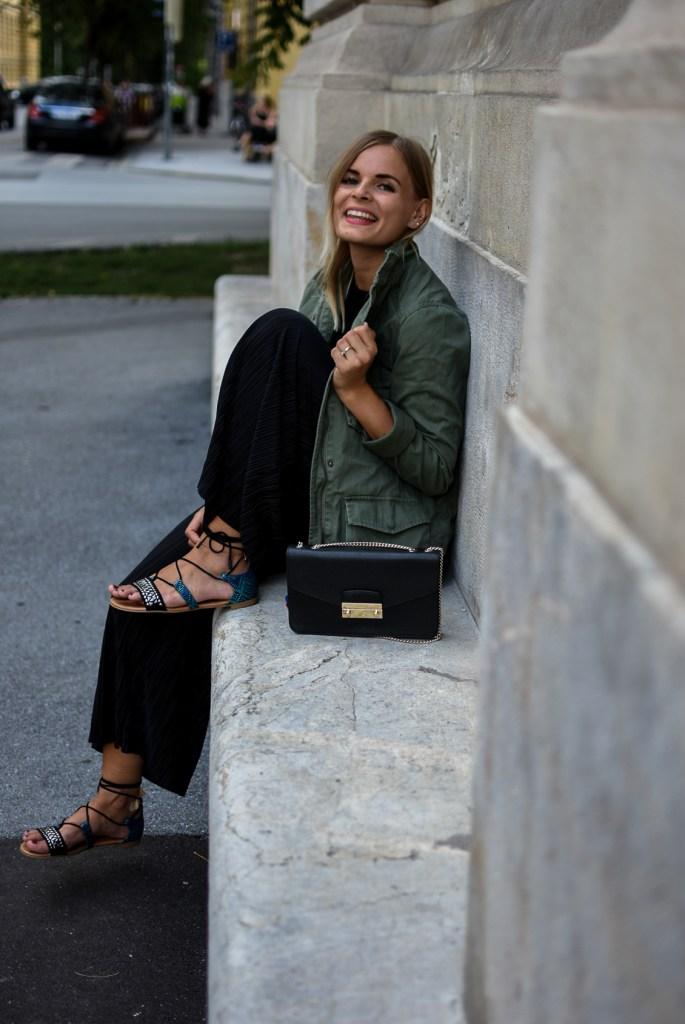 Culotte_parka_sandallen_streetlook_fashionblogger