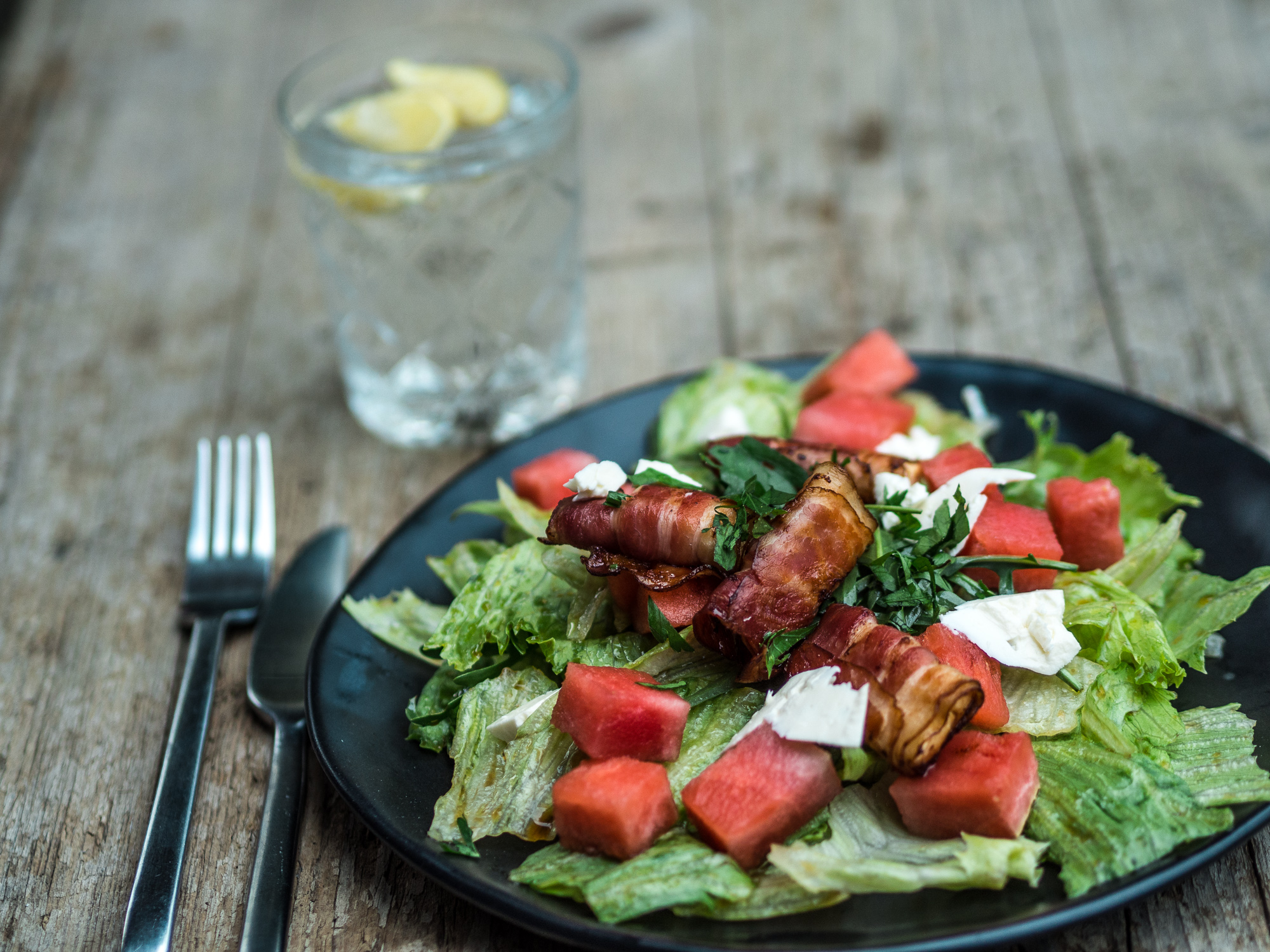 Wassermelonensalat, Salat mit Wassermelonen, Fetasalat, Speck, Melonensalat, Salat, Rezept, gesund, Low Carb, www.lakatyfox.com