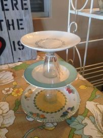 3-Tiered Plate Stand