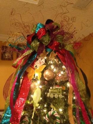 rainbow_christmas_tree2