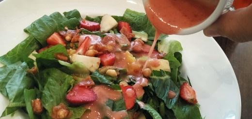 baguio-strawberry-salad-crunch