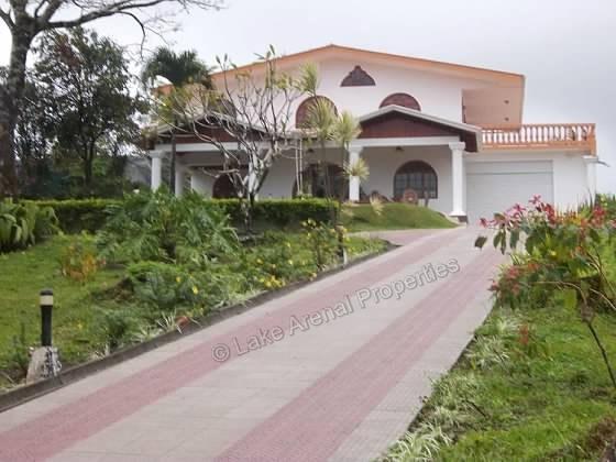 Charming Colonial Home – Potential B&B