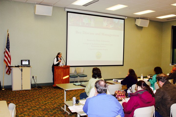 Extension Agent Beth Wilson Shares at 2015 Beekeeping School