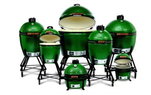 Big Green Egg grill family