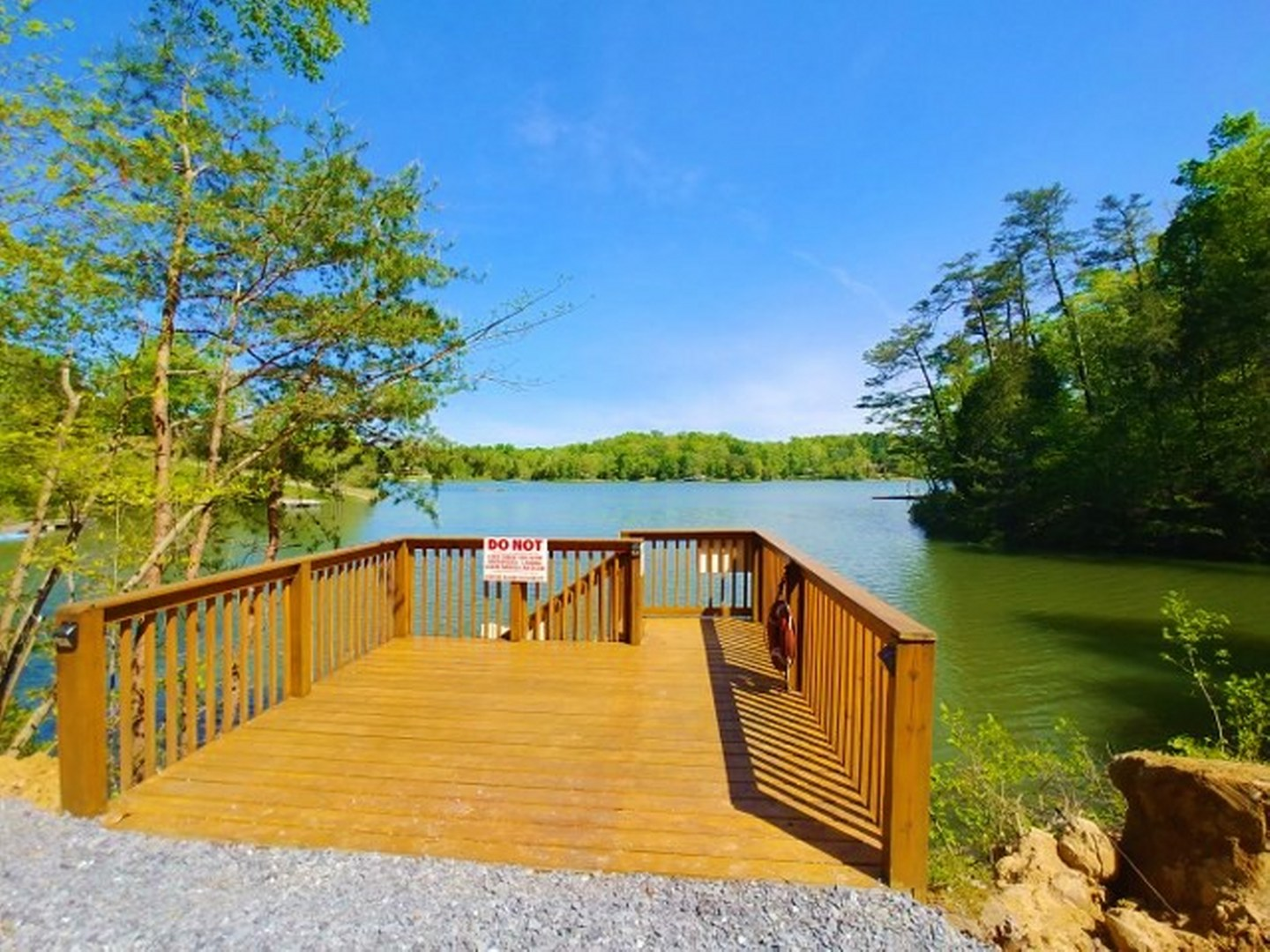 Stillwater Cove | Lakefront Cabins | Douglas Lake Cabin |