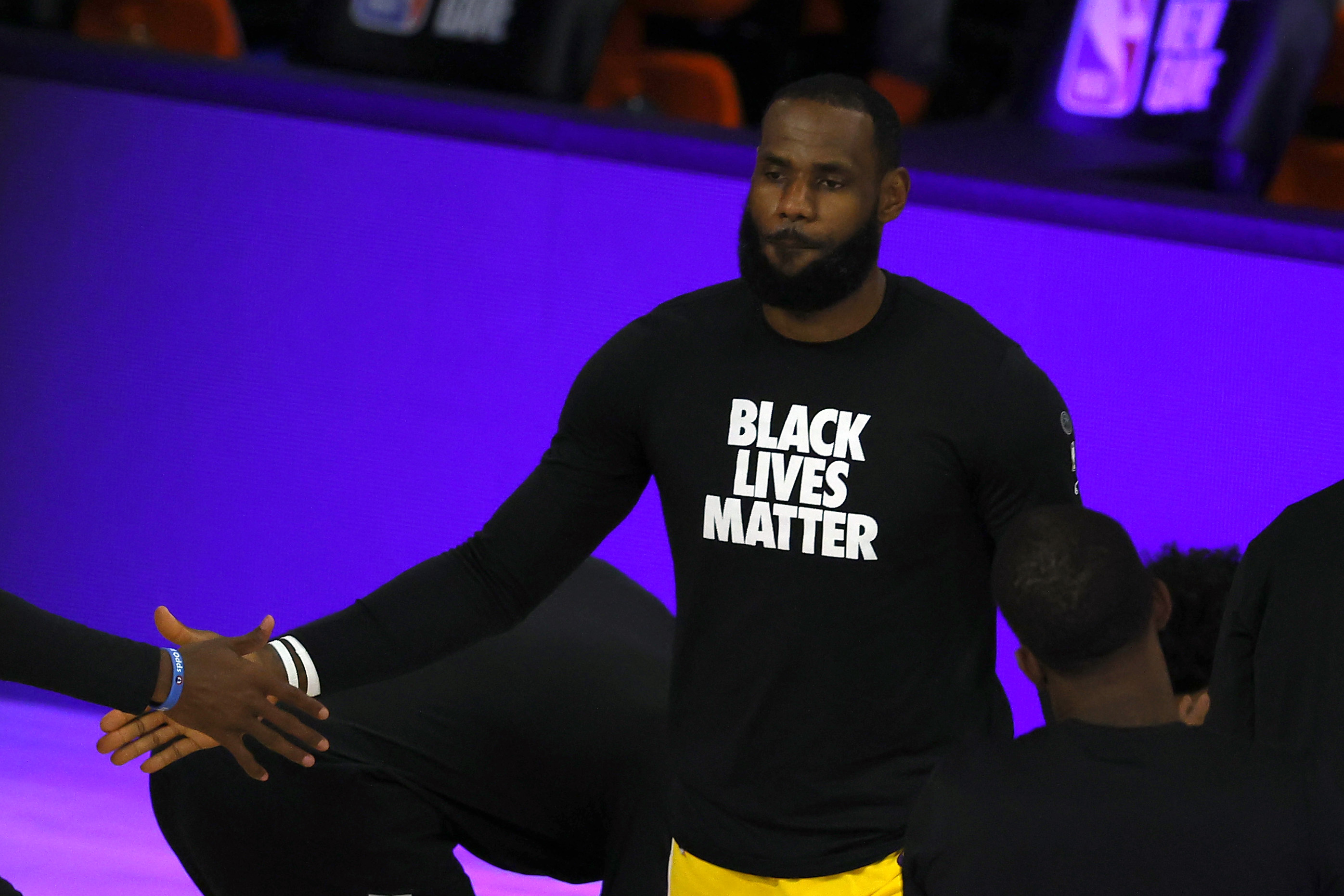 Lebron James On Donald Trump Not Watching The Nba The Game Will Go On Without His Eyes On It Lakers Outsiders