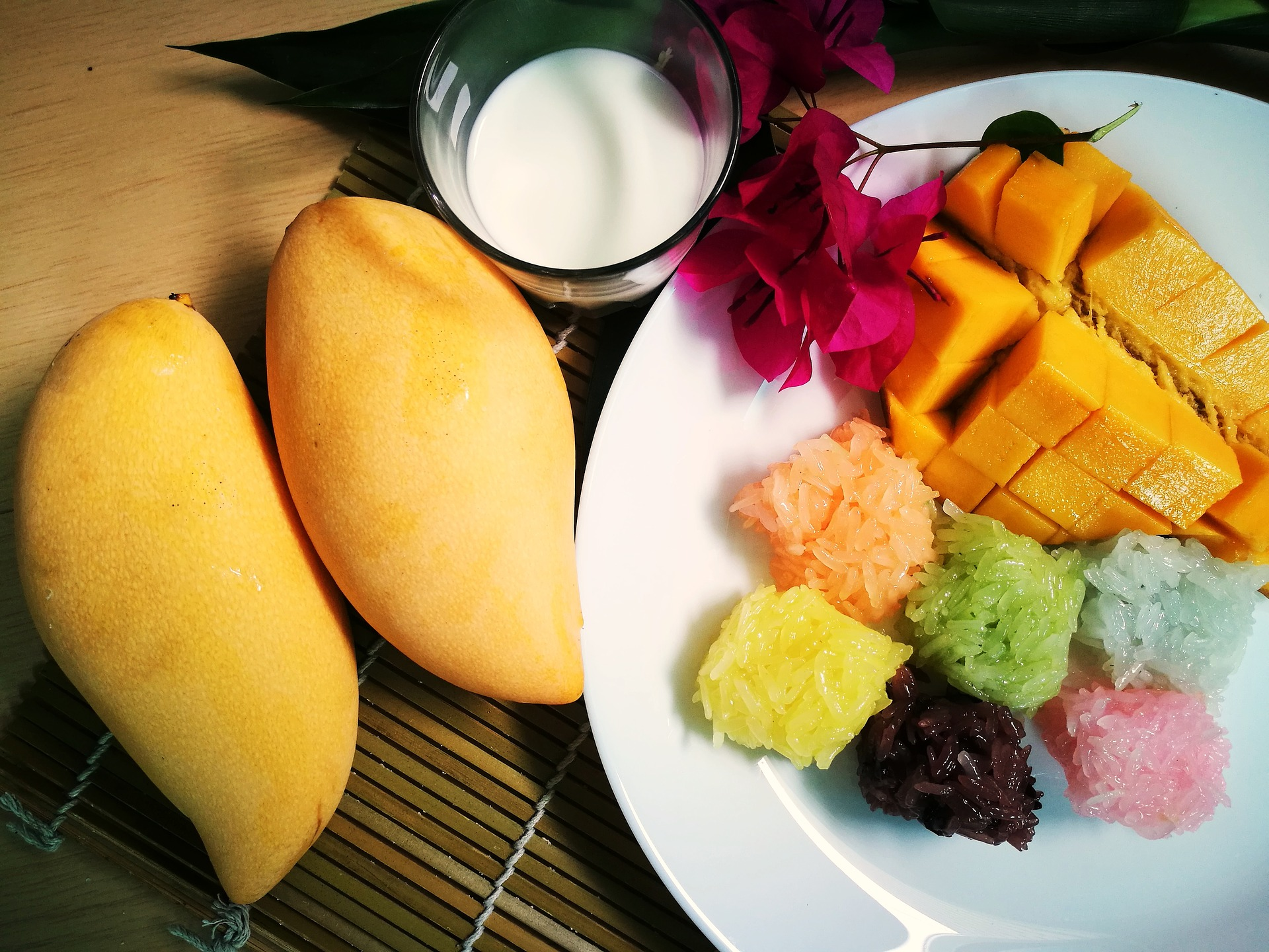 Colorful Mango Sticky Rice – Khao Niao Mamuang