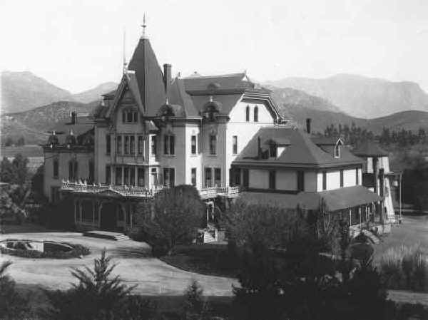 Lakeside Inn c.1900