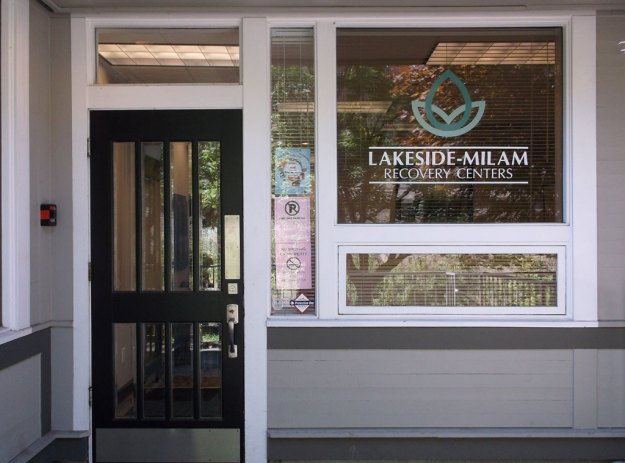 lakeside entrance