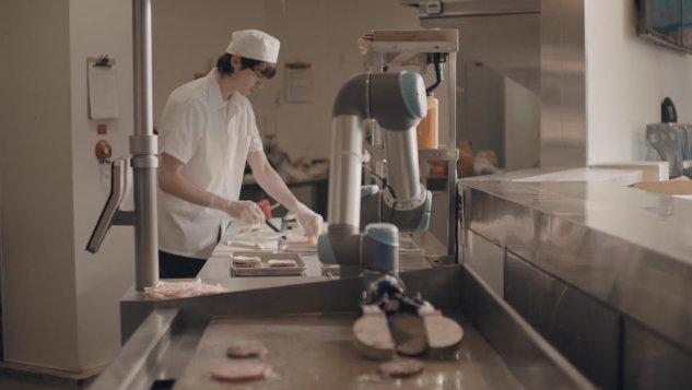 "Caliburger Unveils ""Flippy"" The Burger Flipping Robot"