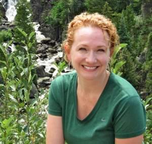 Madalaine McDaniel LakesideTable.com