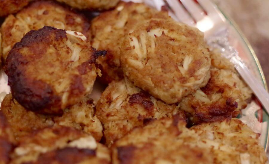 Golden Crusted Broiled Crab Cakes