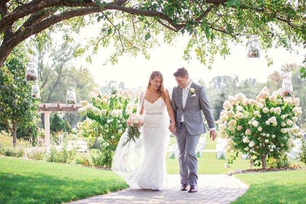 Bracketts Crossing Weddings Lakeville MN