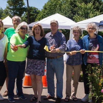 Lakewood Farmers' and Artisans' Market Photos