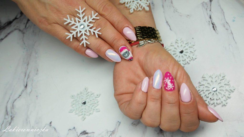 hybrydowy-zimowy-mis-Dolce-Vita-Nails-157-Sweet-kiss-snieg-ialy-blysk-shiny-efekt-syrenki-recznie-malowane-zdobienie-Lakierowniczka