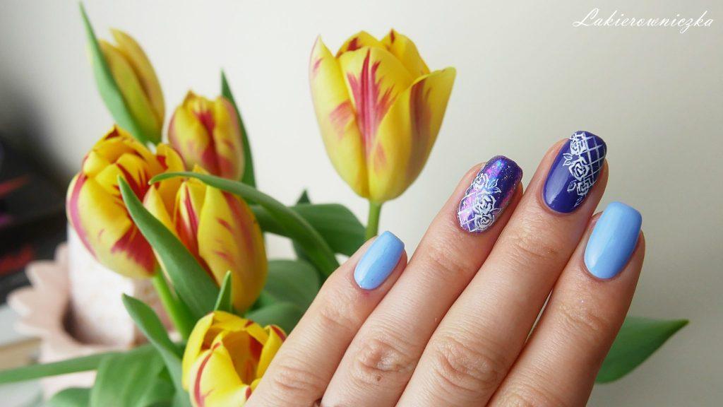 błękitne-hybrydy-z-pyłkiem-Victoria-vynn-117-sky-blue-118-Ultra-violet-Lakierowniczka-paznokcie-hybrydowe-roze-paint-gel