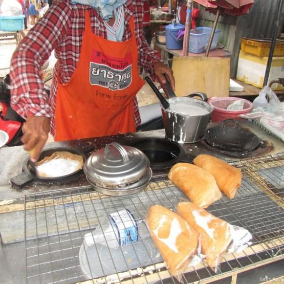 khanom tang taek десерты тайской кухни