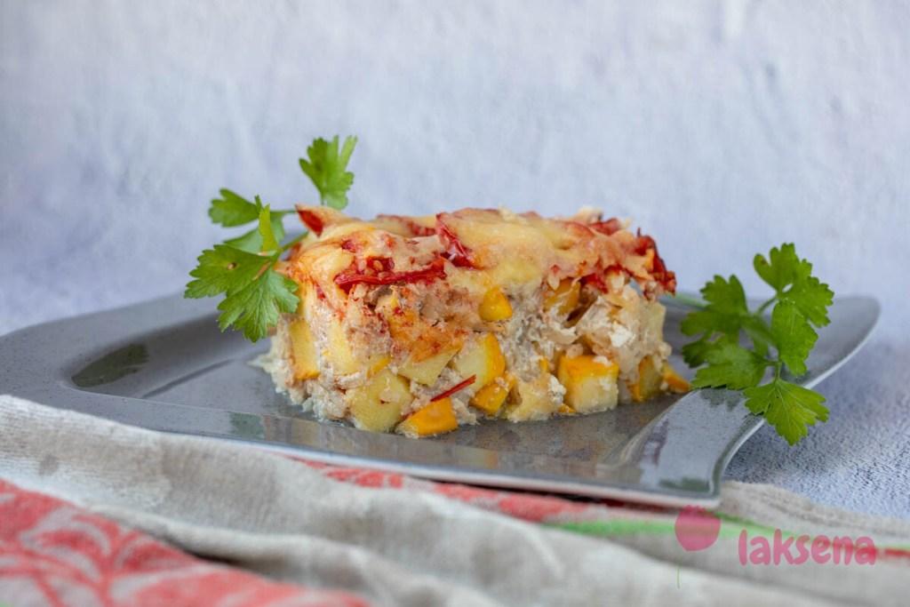 Запеканка из кабачков с фаршем и рисом