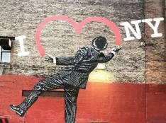 """""""I heart New York"""" building art"""