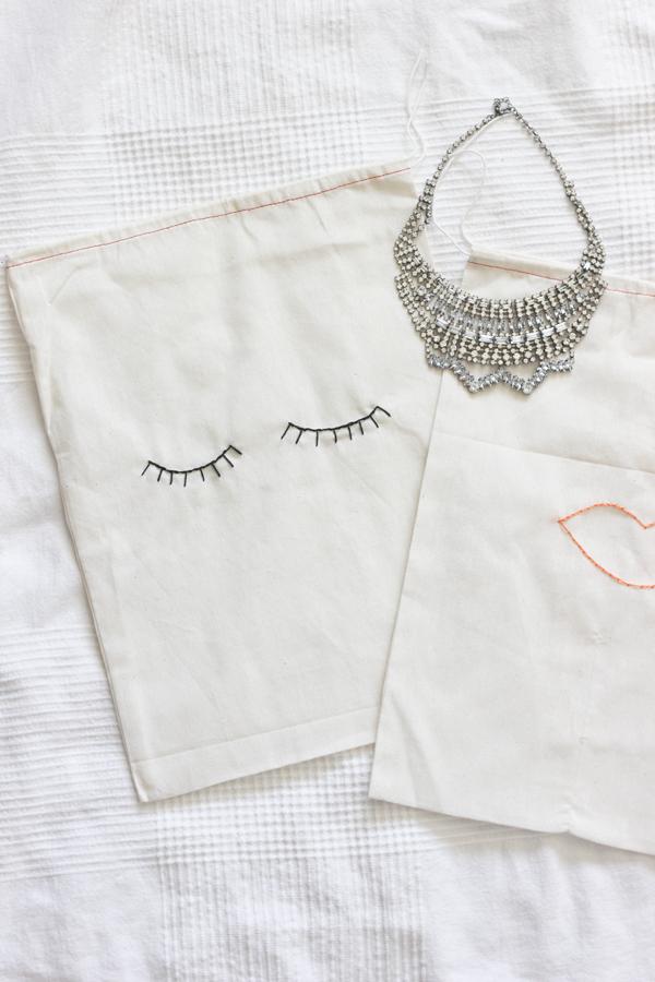 embroidered-bag
