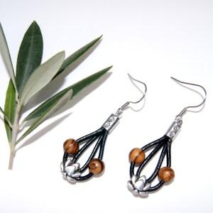 Boucles d'oreilles cuir et Lotus – Argent plaqué