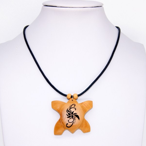 Collier Tortue polynésienne - Olivier