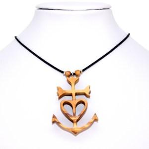 Collier Croix de Camargue – Olivier – Mixte