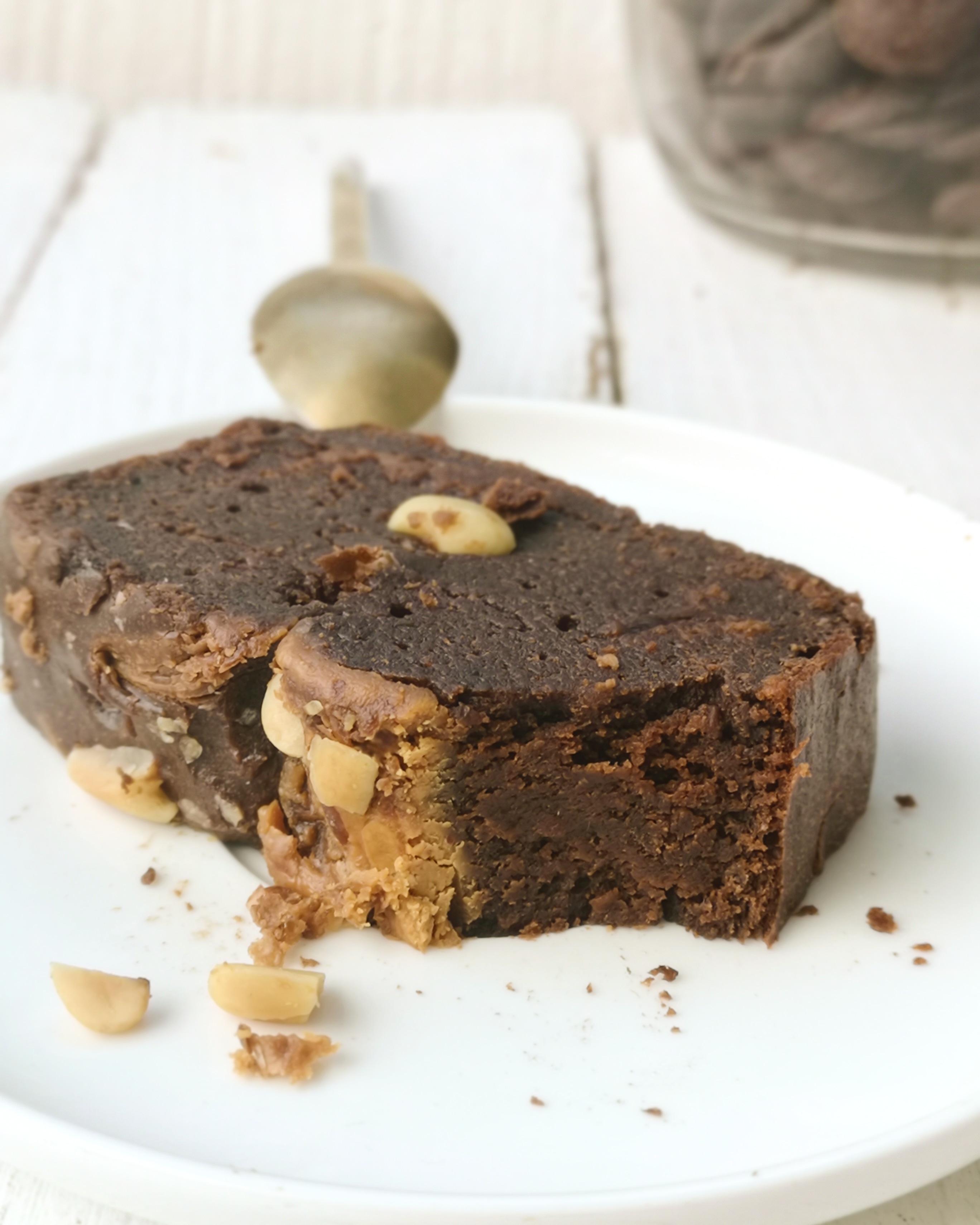 Cake fondant chocolat et beurre de cacahuète