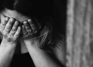 Know symptoms and treatment of postpartum depression