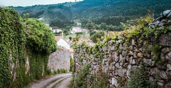 Un chemin du Village Pendueles, Llanes