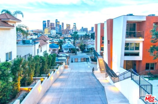 New townhouse style condos above Downtown L.A.