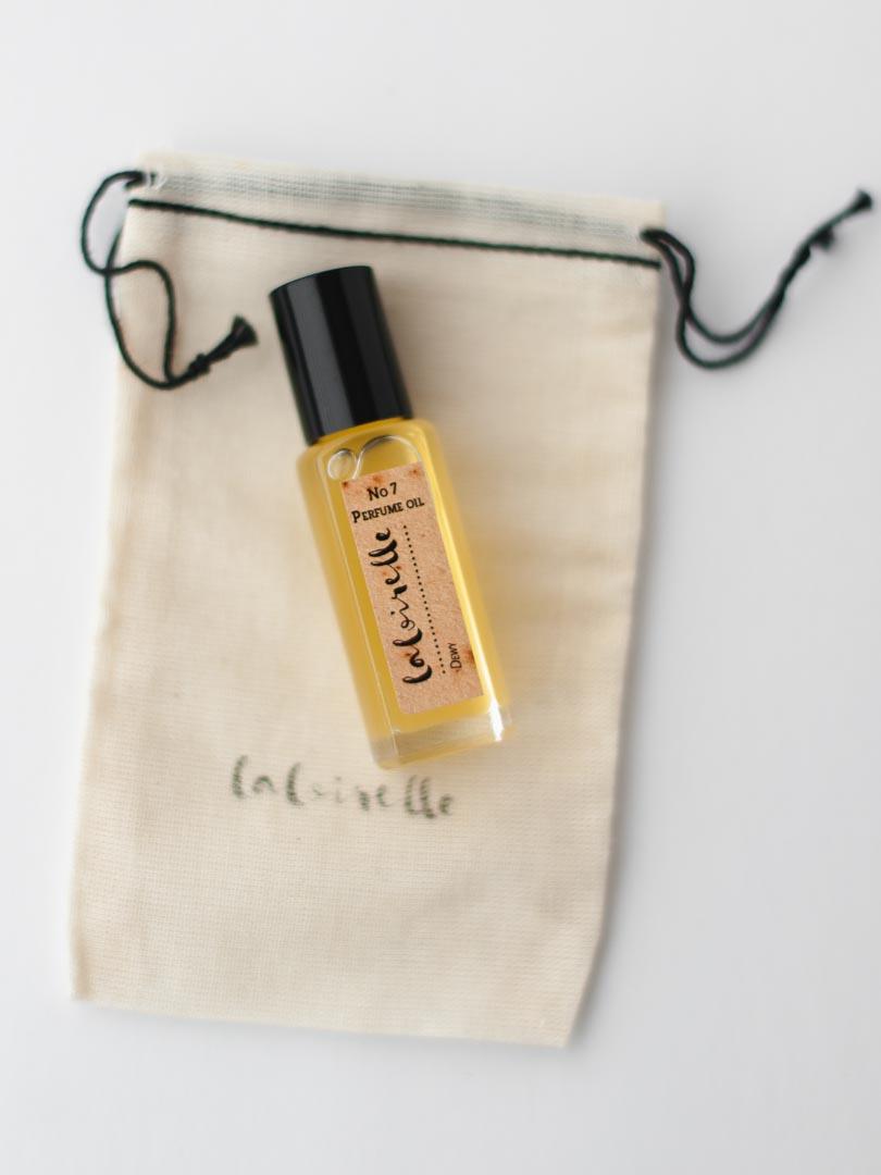 Dewy Natural Perfume Oil 3