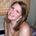 Laura Marschel - Headshot Lalymom 200 X 200