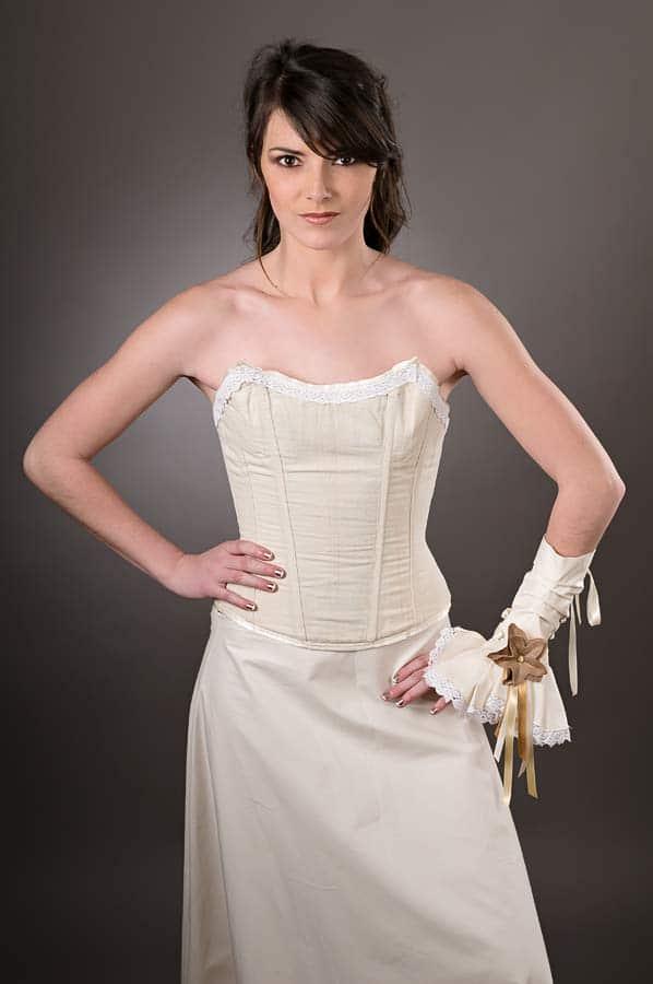 robe-de-mariee-corset-boheme-ecru