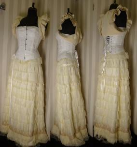 robe-de-mariee-corset-boheme-jupe-volants-soie-bolero-zia