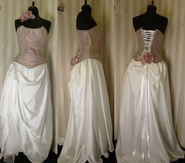 Robe mariée corset rose drapée