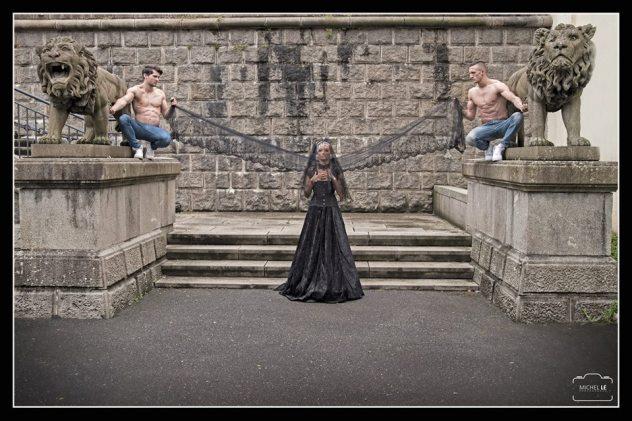 Séance photo Michel Le Robe Victorienne noire dentelle