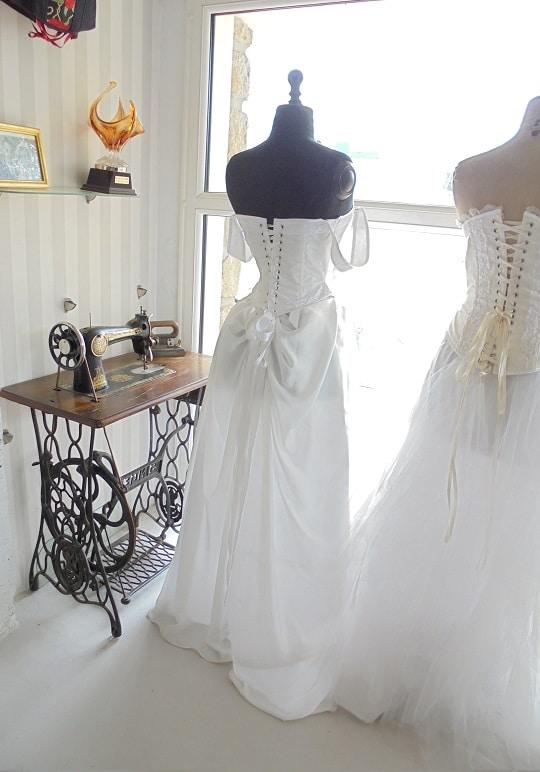Atelier de confection de robes de mariées atelier-robe-de-mariee-medievale