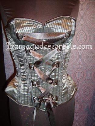 corset gothique