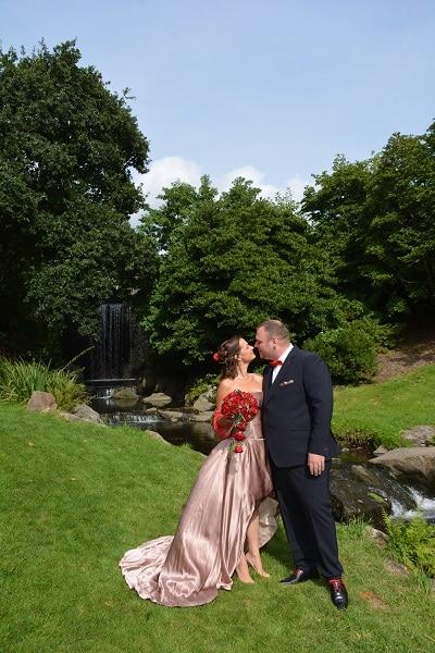 robe de mariée en soie couple