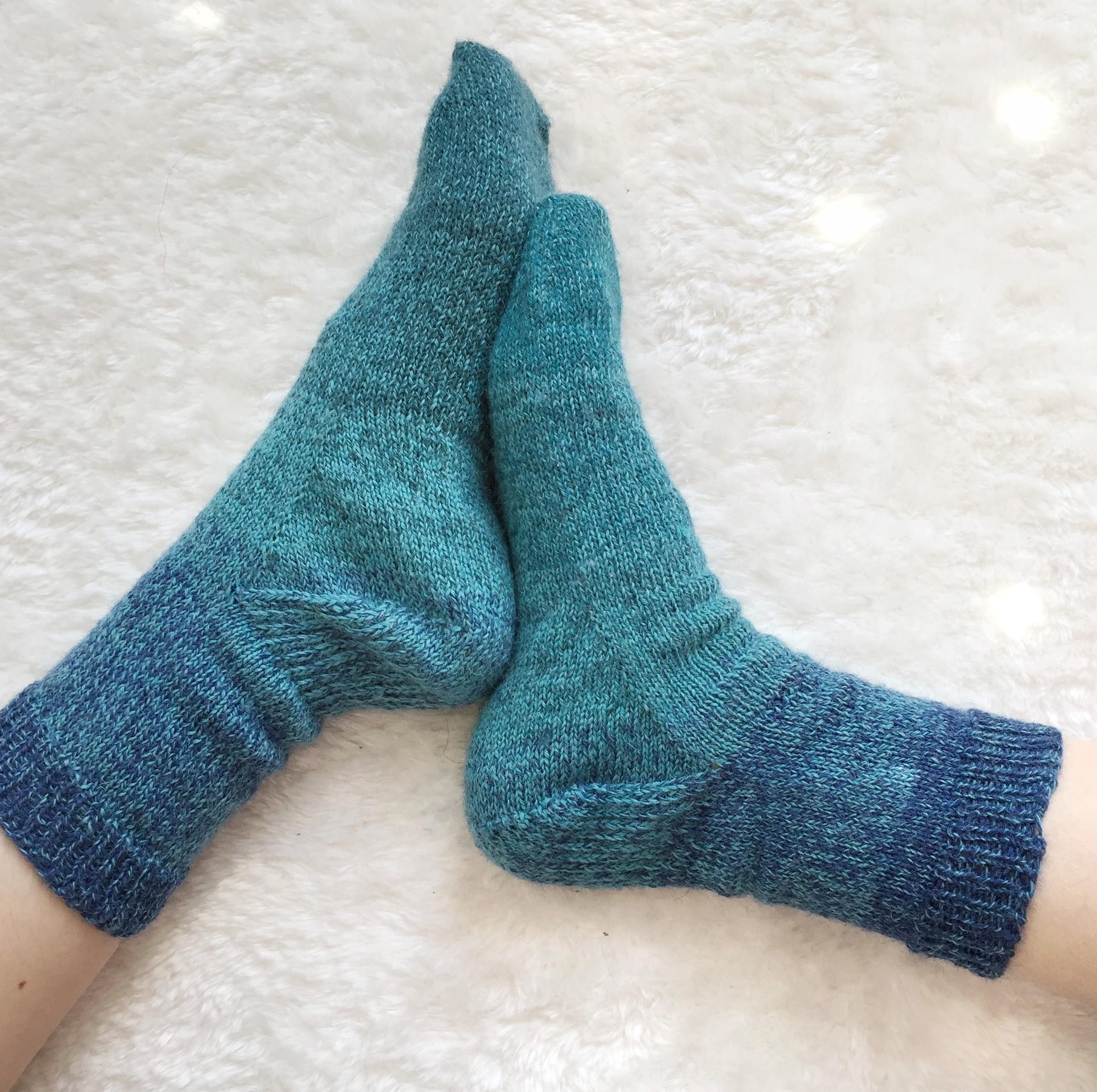 J'ai tricoté deux chaussettes en même temps !