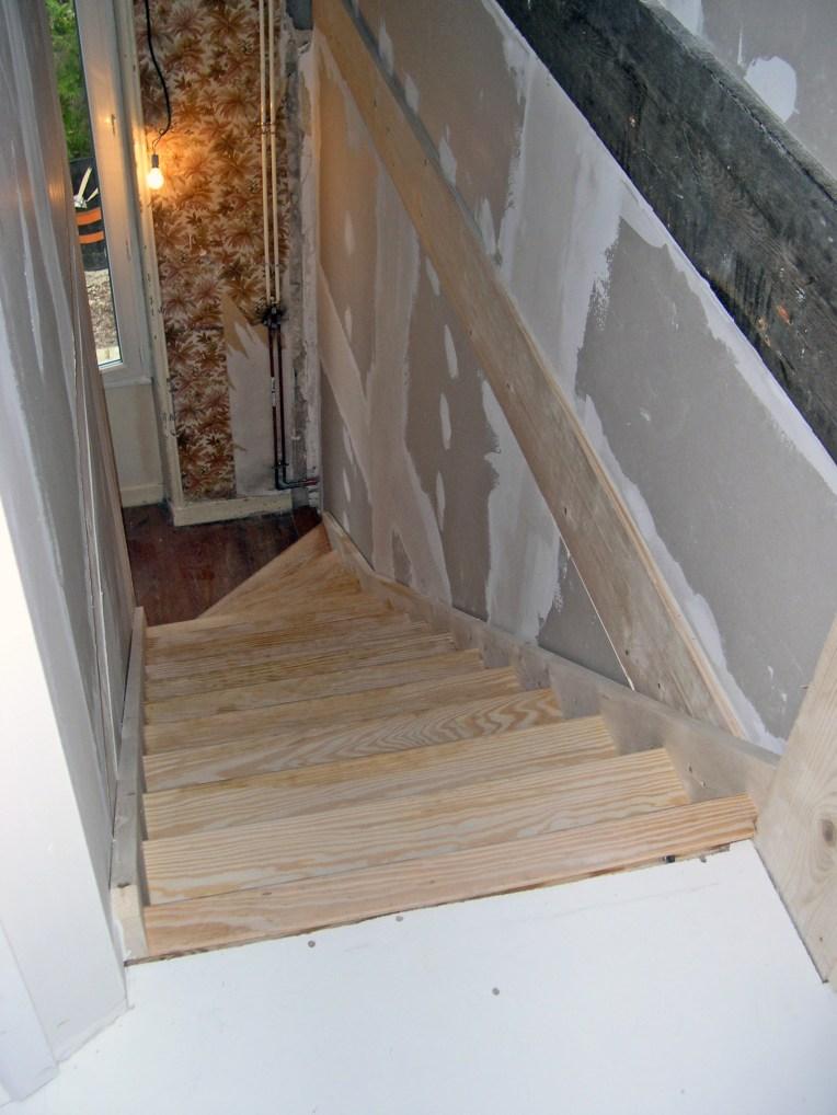 Escalier vers combles
