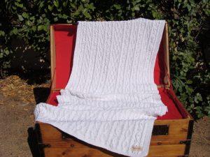Etole femme, tricot irlandais fait main 100% coton léger. Pièce unique, création originale La Malle au Coton.