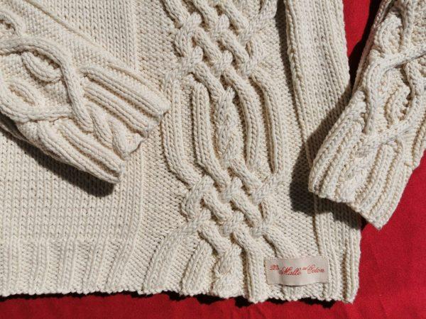 Pull irlandais asymétrique tricoté main en coton bio