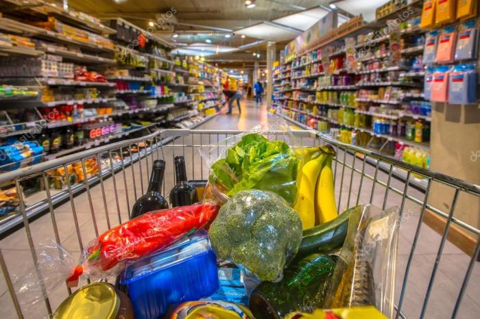 Atraca un supermercado en Albacete y pide que se lo entreguen todo a domicilio